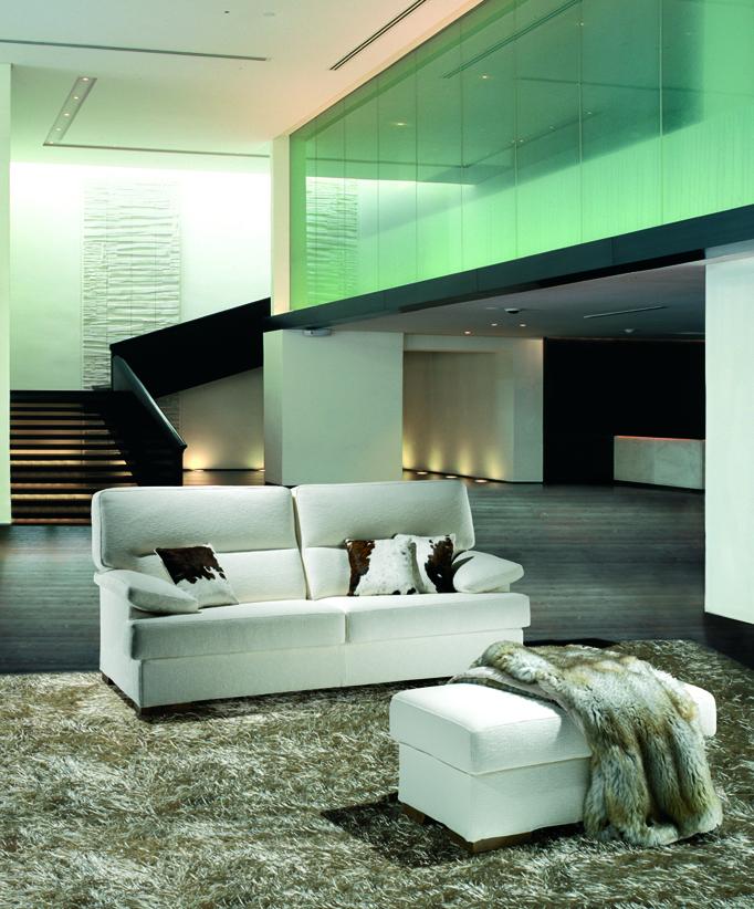 Divani moderni su misura per casa loran salotti for Casa divani catalogo